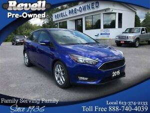 2015 Ford Focus SE 5dr | MOONROOF | LEATHER | ONLY 19k