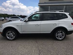 2010 BMW X3 3.0i AWD No accidents Pano roof Rare executive whi Kitchener / Waterloo Kitchener Area image 6