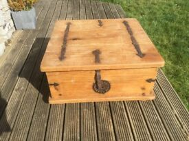 Large Rustic Pine Chest / Trunk / Coffee table