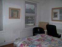 Fantastic Double Fronted Room for Professional All Bills & Council Tax included.SE137UN ZONE 2