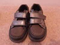 Boys Clarks shoes size 7G - in good as new condition