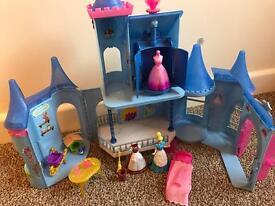 Rare Magiclip Disney Mattel Cinderella castle set princess dresses plus extras