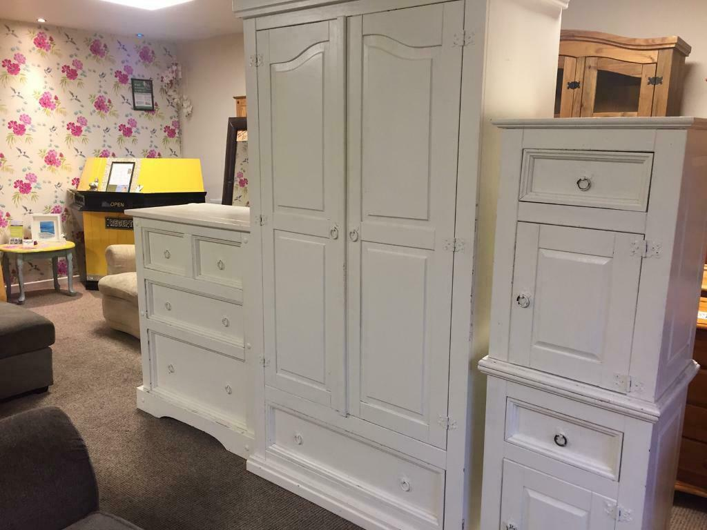 White Bedroom Set In Omagh County Tyrone Gumtree