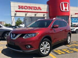 2015 Nissan Rogue SV, panoramic roof, beautiful condition