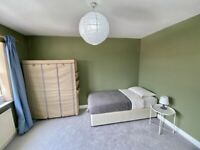 SINGLE & DOUBLE ROOMS TO RENT- IMMEDIATE MOVE IN-SHARED HOUSE, BILLS INCLUDED,DSS ACCEPTED