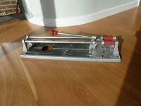 Tile Cutter, will cut tiles upto 45cm long