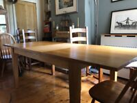 Free large Solid oak dining table