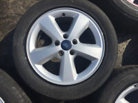 ford alloy wheels plus tyres set of 4(tyres above leagle limit) good condition genuine £95