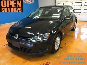 2017 Volkswagen Golf 1.8T-TSI!  CRUISE / BACK-UP CAM / HEATED SE