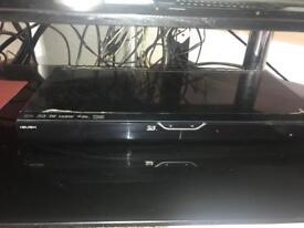 """3D tv 42""""+blueray DVD player"""