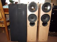KEF (iQ7) (High End Speakers) Cost (£600) New**