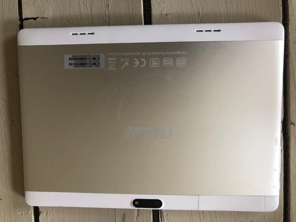 Fusion 5 4g tablet and case | in Syston, Leicestershire | Gumtree