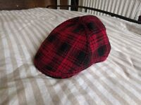 Zara men's Red casquette \Beret\Hat