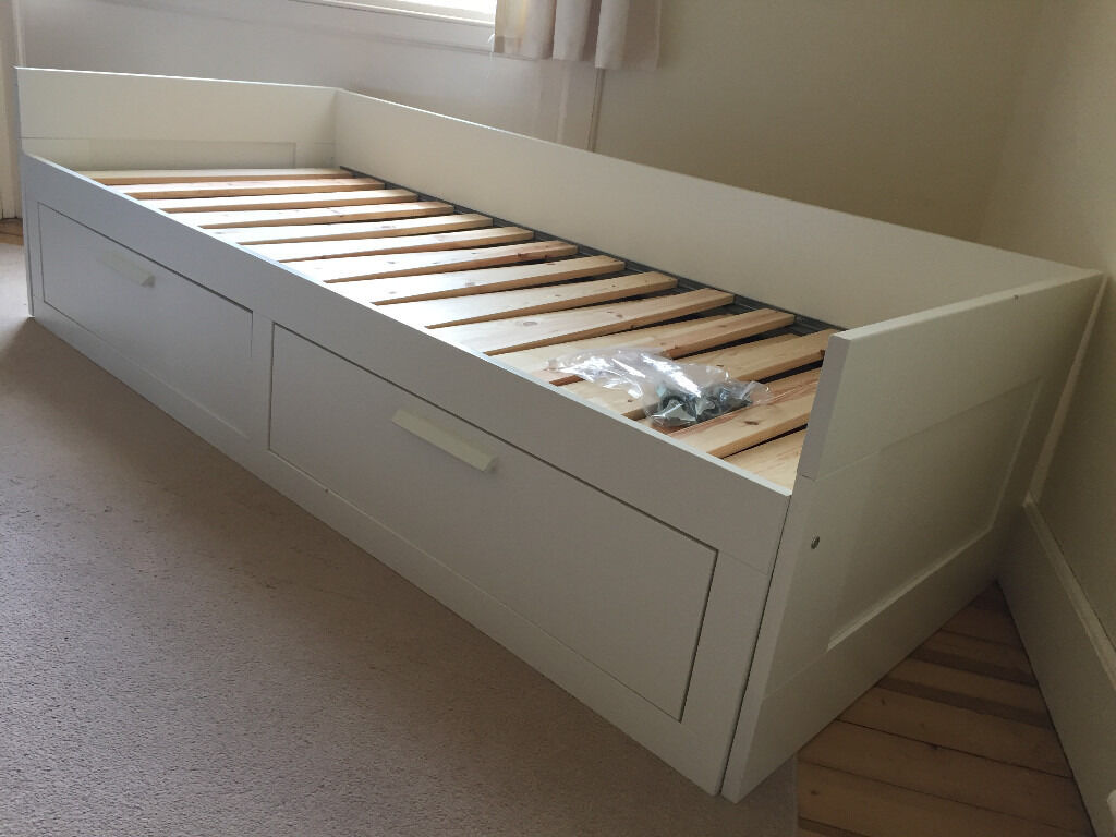 Kids beds with storage and desk for Cama brimnes