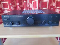 Pioneer A-209R Hi-fi Amplifier and remote control