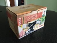 Gino pasta maker