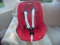 Maxi Cosi Pearl Group 1 car seat red