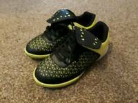 Kids size 11 astro turf football boots