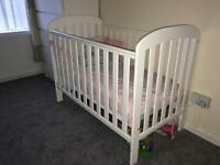 Cot 25 with mattress or 15 without mattress