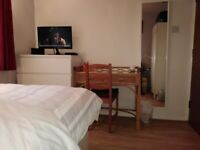 Double room near Stanmore station including bills