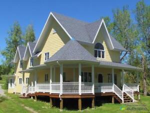 480 000$ - Maison 2 étages à vendre à Gaspé