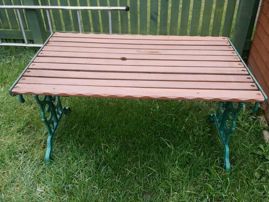 Cast iron garden patio table newcastle