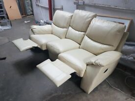Sofa in cream colour leather very comfy used