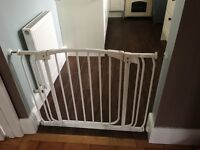 Safety pressure gate(with extensions)Dreambaby