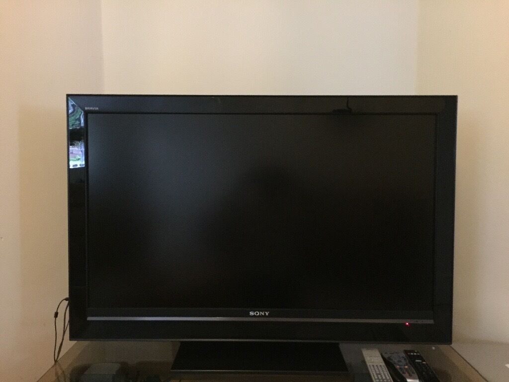 sony tv old. sony bravia tv ( 10 year old tv) o