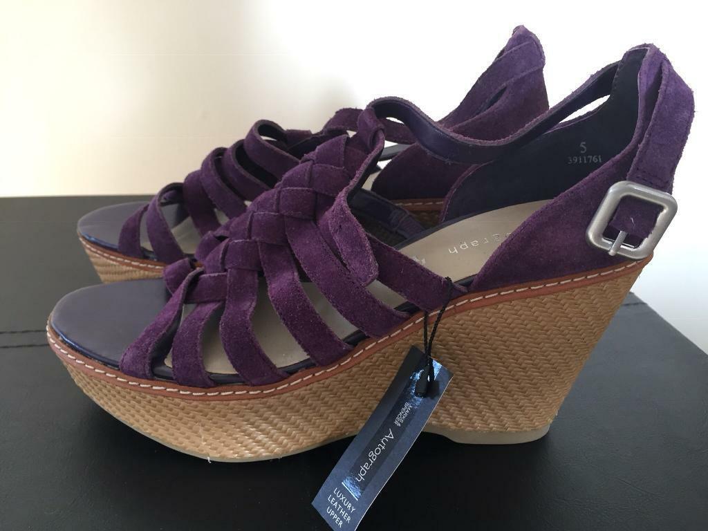 87fa6264b2e6ad Brand New M S Ladies platform shoes (size 5)
