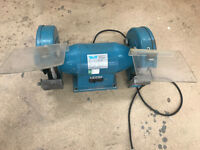 Wolf 8726 Double Wheel Grinder Single Phase VGC