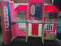Malibu barbie house
