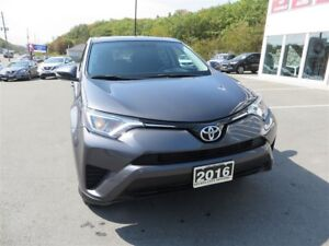 2016 Toyota RAV4 LE *AWD *Bluetooth