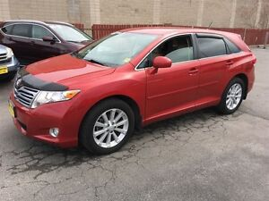 2009 Toyota Venza Automatic, AWD, Only 74, 000km