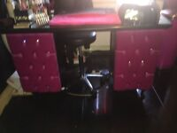 Nail manicure desk shabby chic black n pink