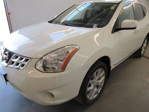 2012 Nissan Rogue SV! AWD!  Back-Up! Alloy! Sunroof! Heated!