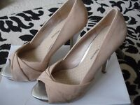 Beige high heeled shoes size 7 worn once only