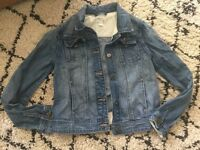 Gap denim jacket in perfect condition age 12
