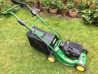 John Deere R43VE Self Propelled Petrol Lawn mower