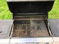 Gas BBQ - 4 burner