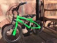 "14"" Stunt Rider Bumper bike with detachable stabilisers"