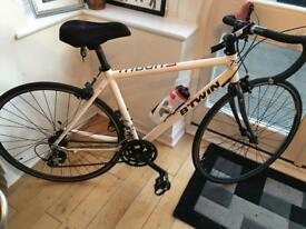 Great condition racer bike