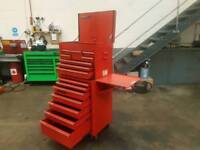 Snap on 8 draw tool box and 7 roll cab