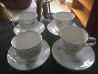 PRETTY BONE CHINA 4 X TEA CUPS & SAUCERS