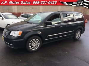 2013 Chrysler Town & Country Touring, Leather, Third Row Seating