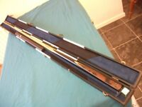 Maximus Ultimate.. 1 piece snooker cue.. case and extension