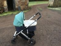 Uppababy Vista travel system with maxi cosi car seat and base