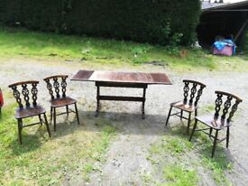 Ercol Oak Dining Table Extendable with 4 Prince of Wales edition chairs