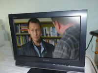 "SONY BRAVIA 19"" Screen TV"