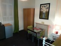Available: Large, Attractive & Comfortable Single Room